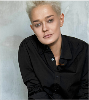 Елена Лазуткина